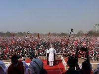 Mais de um milhão erguem «alternativa popular» num comício em Calcutá. 35006.jpeg