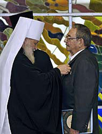 Igreja Ortodoxa Russa condecora Fidel e Raul Castro com ordem honorífica
