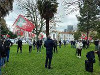 Trabalhadores em 'lay-off' lutam contra salários em atraso. 35023.jpeg