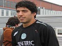 Persiste incerteza sobre o futuro do atacante uruguaio Luis Suarez. 34025.jpeg