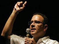 Mauricio Funes eleito em El Salvador