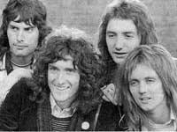 Grupo Queen bate recordos