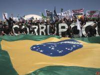 No Brasil, maior escândalo de corrupção política vai a julgamento. 17032.jpeg