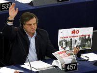 Autoridades marroquinas impedem Deputado Europeu Willy Meyer de entrar em El Aiun
