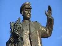 Um Acto Vergonhoso: Profanaram e Removeram a Estátua do Marechal Konev!. 33052.jpeg