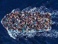 O novo velho continente e suas contradições: Imigrantes, um mergulho desconhecido. 34061.jpeg