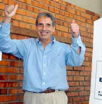 Pela 1ª  vez, candidato é reeleito em Porto Alegre