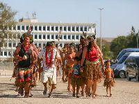Indígenas fazem ato em frente ao STF contra marco temporal. 27065.jpeg