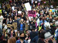Milhares de mulheres protestam contra a violência sexual na Austrália. 35066.jpeg