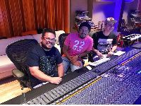 Integrantes do Sorriso Maroto recebem homenagem em gravação. 28076.jpeg