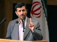 Medvedev fala com Ahmadinejad