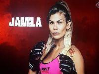 Ring girl, de 36 anos, vira lutadora profissional com apenas dois anos de treinos. 31099.jpeg