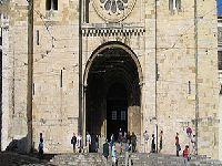 Património em risco na Sé de Lisboa. 34102.jpeg