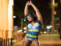 Musa do Vasco, Jamila Sandora, posa nua para mostrar ponto turístico carioca. 25105.jpeg