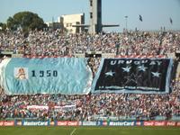 África do Sul 2010 – Do cofre da história estourou a «garra charrua» Uruguai 2 x Paraguai 0