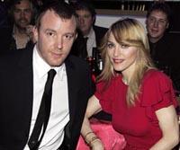 Madonna e seu marido fazem terapia de casal para evitar a separação