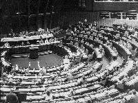 Sobre a recomposição do Parlamento Europeu tendo em conta as eleições de 2019. 28122.jpeg