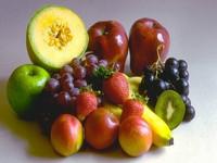 Comer fruta de estômago vazio