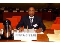Guiné-Bissau contra rebeldes