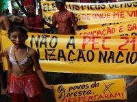 Índios protestam em Manaus contra PEC 215 e outros retrocessos em seus direitos. 22134.jpeg