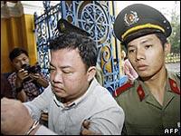 Ex-policial vietnamita libertado da prisão