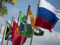 A força da hegemonia capitalista explica a oposição ao banco dos BRICS. 22143.jpeg