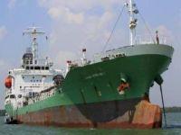 Al-Qaeda estaria preparando ataques a navios petroleiros. 21152.jpeg