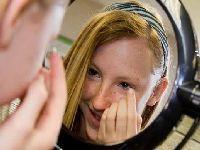 Nova lente controla miopia em crianças. 32186.jpeg