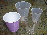 Os Verdes Exigem o Fornecimento de Copos Reutilizáveis em Festas e outras Iniciativas. 31189.jpeg