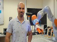 Investigadores da FCTUC desenvolvem software para nova geração de robôs colaborativos. 31190.jpeg
