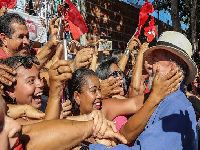 STF estuprou a Constituição para permitir a prisão imediata do Lula. 28199.jpeg