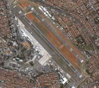 Pista principal do Aeroporto de Congonhas reaberta