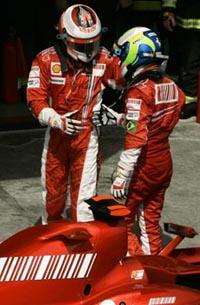 Formula 1: Kimi Raikkonen surpeendeu