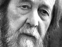 Alexander Solzhenitsyn, o Dostoyevsky do século XX, morre de ataque do coração