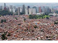 150 policiais civis estão na favela para combater o tráfico