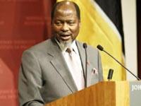 Ex-Presidente de Moçambique é o primeiro a receber Nobel da África
