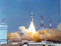 Sonda indiana entre em órbita lunar