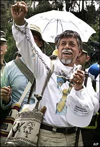 Pai colombiano fez marcha de 900 qm para libertar seu filho