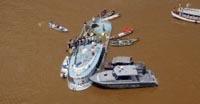 Barco superlotado naufragou  no Rio Solimões