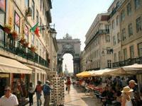 Moradores de Lisboa abandonam a cidade