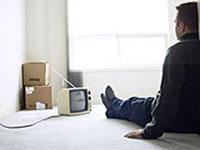 As pessoas infelizes assistem TV, felezes lêem