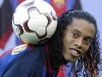 Giuly nega que Ronaldinho está gordo