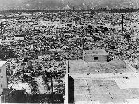 73 Anos Depois - Os Verdes Reclamam: Nunca Esquecer Hiroshima e Nagasaki. 29281.jpeg