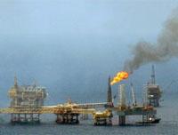 Colisão de plataformas petrolíferas: 18 mortos , 61 resgatados, 7 desaparecidos