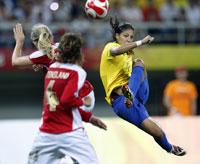 Futebolistas brasileiras passam à simifinal do torneio da Olimpíada