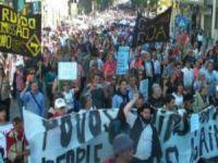 Protestos contra austeridade na Europa. 18325.jpeg