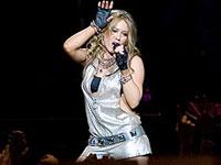 Hilary Duff faz show em São Paulo