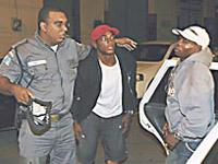 Boxeadores cubanos afirmam que foram mantidos presos no Brasil