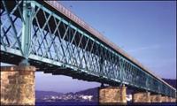 Ponte Eiffel reabriu  ao trânsito