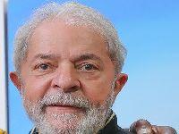 Danny Glover, que condenou o golpe, traz solidariedade a Lula. 28372.jpeg
